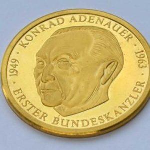 Deutschland Gedenkmedaille Feingold 9999 Conrad Adenauer